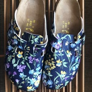 LIKE NEW Birkenstock Papillio Floral Clogs Sz 7